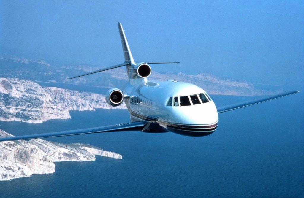 Снять чартерный самолет