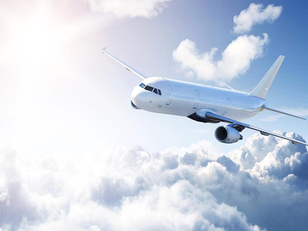 412158 svetik 1024x768 - Небо над Приамурьем пресыщено самолётами