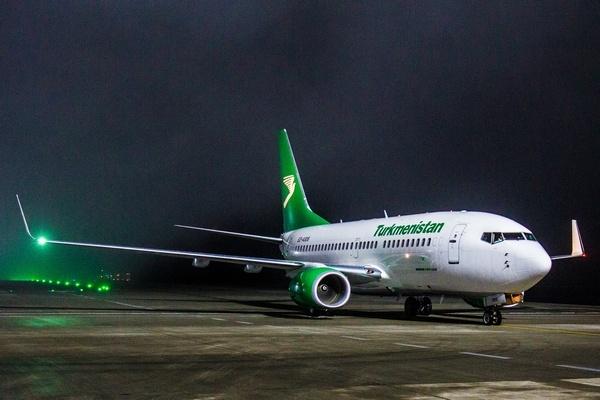 44 - Туркменский самолет улетел без пассажиров