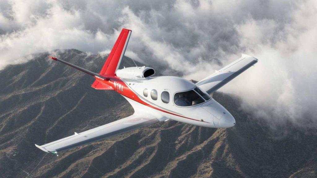 large 1858 db917 1024x576 - Cirrus Vision Jet: дебют на Ближнем Востоке