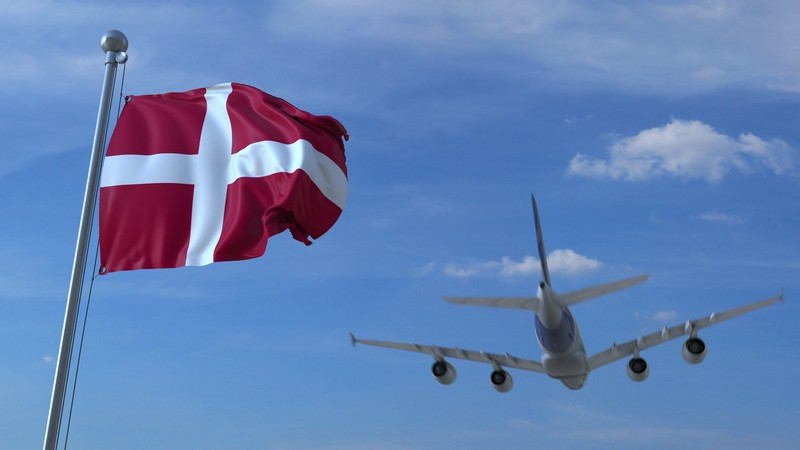 чартер в Данию