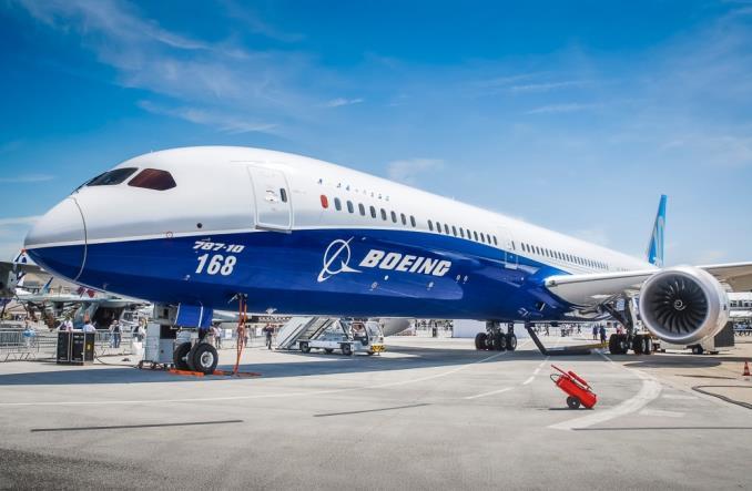 Boeing в первом месяце этого года также получил заказ на 43 самолета, восемнадцать из которых Dreamliner 787