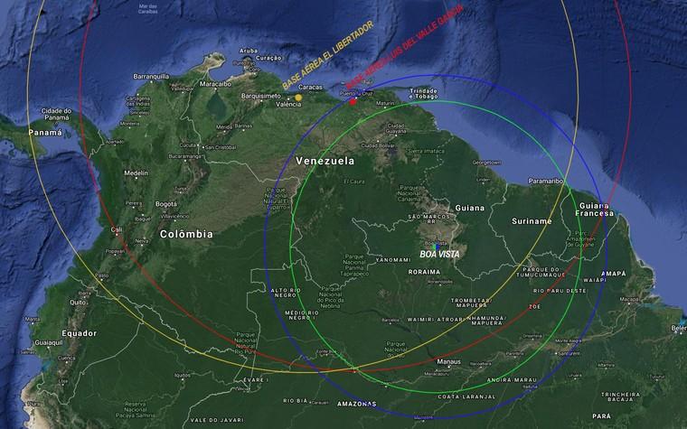 Сравнение дальности между истребителями Су-30МК2В из Венесуэлы (желтые и красные круги) и бразильскими истребителями F-5EM (синий) и A-1 (зеленый) при операций самолетов с их соответствующих баз - Luis del Valle Garcia и El Libertador (Венесуэла) и Boa Vista (Бразилия), при условии использования дополнительных баков.
