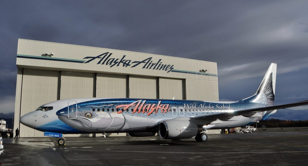 Boeing 737 Alaska Airlines «Лосось Тридцать Лосось»