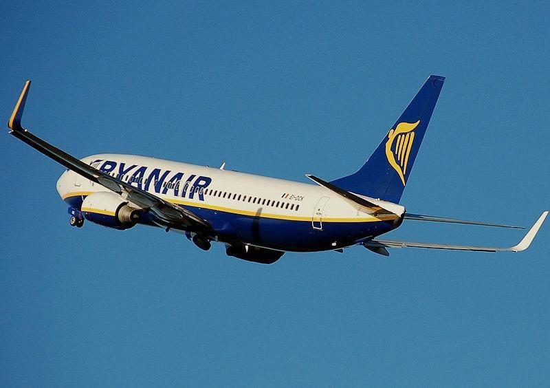 Aircraft Airborne - Пассажир Ryanair вылетел в неправильный аэропорт за сотни миль