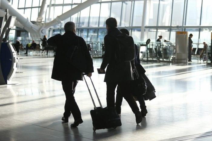 landingcard1 700x466 - Великобритания отменяет посадочные карты