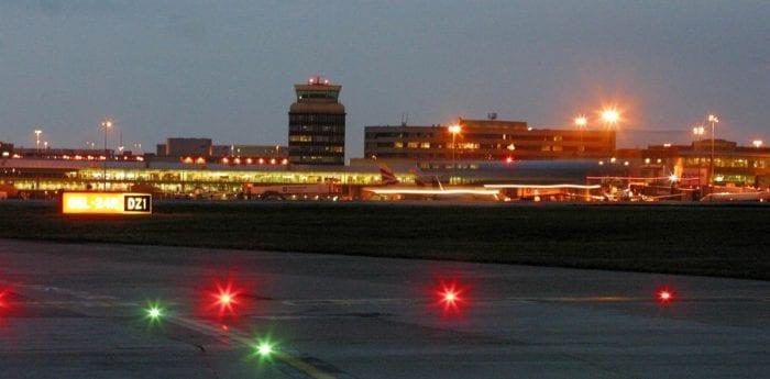 landingcardfeature 700x345 - Великобритания отменяет посадочные карты