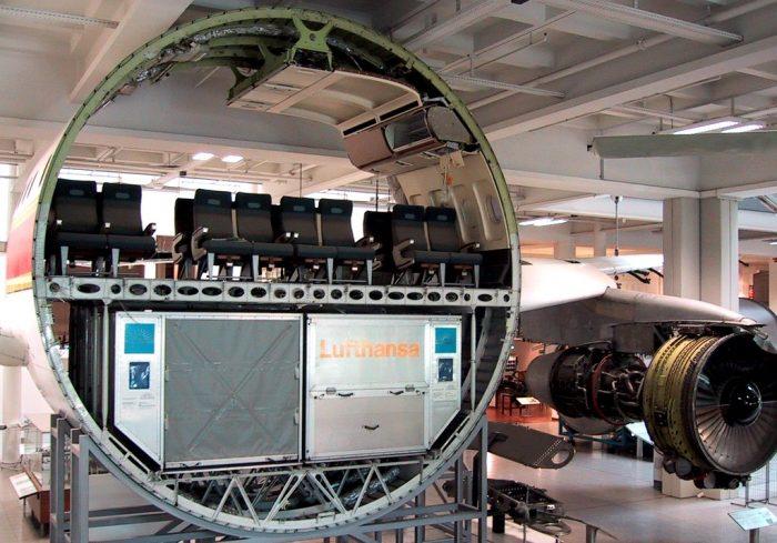 Airbus A300 cross section 700x489 - Основатель Airbus Roger Béteille скончался в возрасте 97 лет