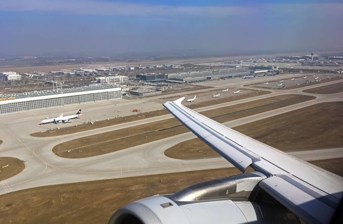 aeropuerte - IATA ухудшила прогнозы для авиационной отрасли на 2019 год