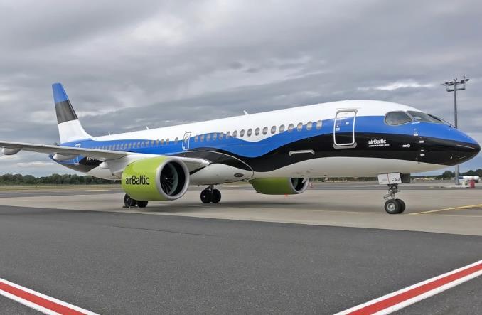 airBalticA220Estonia - airBaltic раскрасила один из своих А220 в цвета эстонского флага