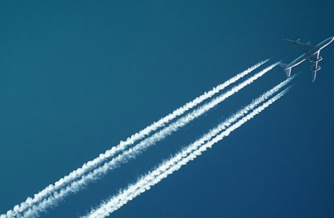condens - Так ли опасны конденсационные следы, оставленные самолетами, как считают экологи?