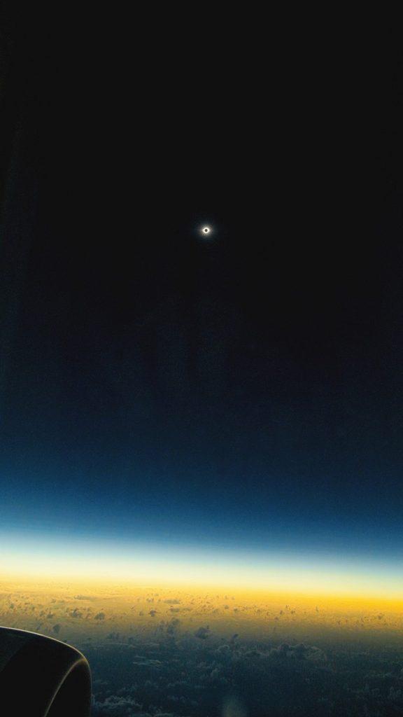 eclipse latam free big 576x1024 - Boeing 787 попал в зону солнечного затмения в южной части Тихого океана