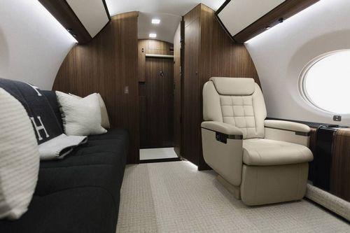 gulfstream g650er interior 6 123456789 - Как Gulfstream G650ER AVIAV TM стал неповторимым