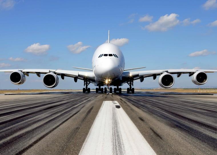 Aibus A380 - символ уходящей эпохи многомоторников