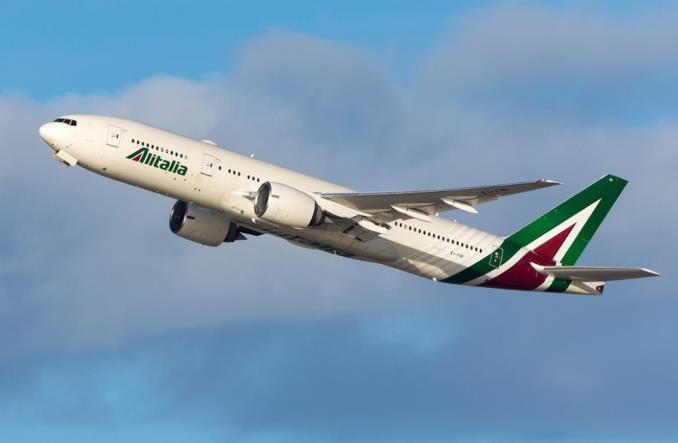 Boeing 777200ER Alitalia для рейсов в США