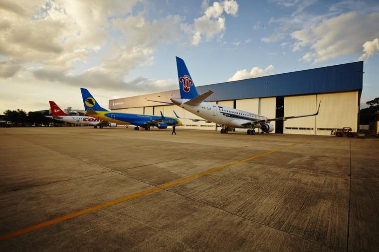 Заводской склад Embraer