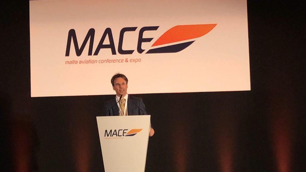 Stanley Bugeja-  организатор MACE и Президент MBAA (Malta Business Aviation Association)