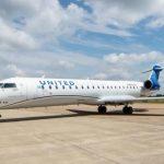 Первым пользователем CRJ550 стала авиакомпания United Airlines