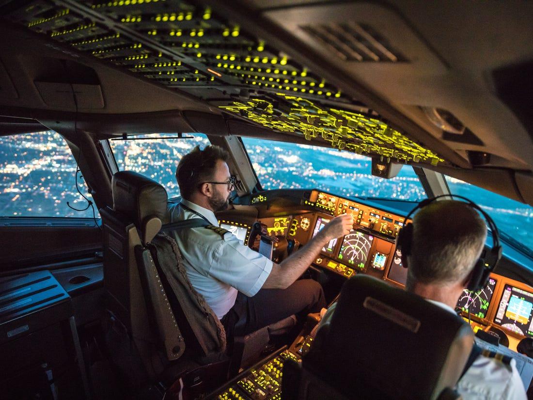 Сколько зарабатывают пилоты в США?