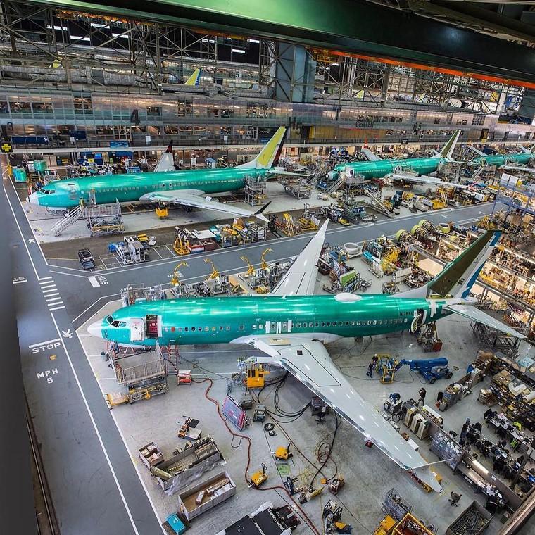 Производство 737 MAX будет приостановлено с января 2020 года