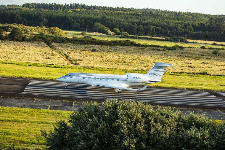 Gulfstream поставил в Европу первый G500