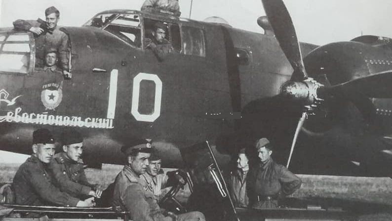 Сенсационная находка в Силезии - обломки американского бомбардировщика времен второй мировой войны с останками советских десантников