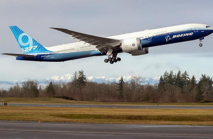 Первый взлет Boeing B777X