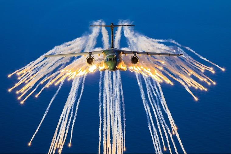 Военнотранспортный самолет C-930 Millennium (бывший KC-390)