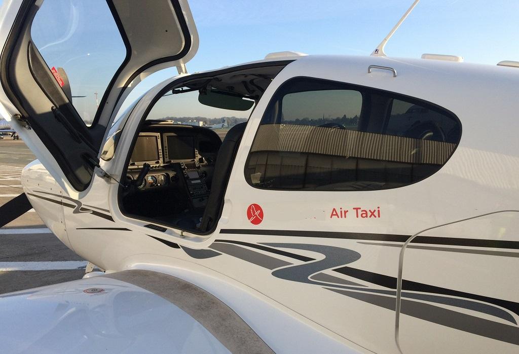 Cirrus SR22 используемый в качестве воздушного такси