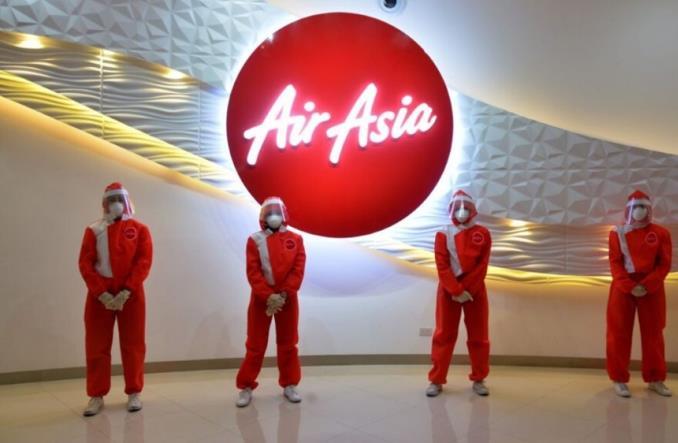 новая униформа бортовых экипажей Air Asia