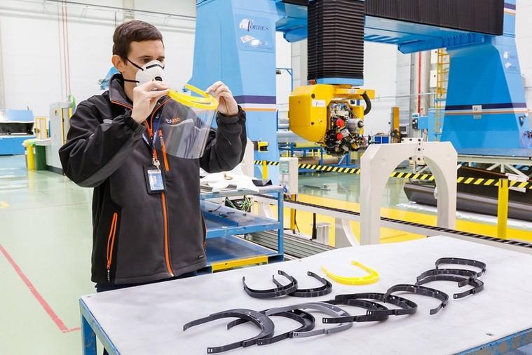 производство защитных масок Airbus