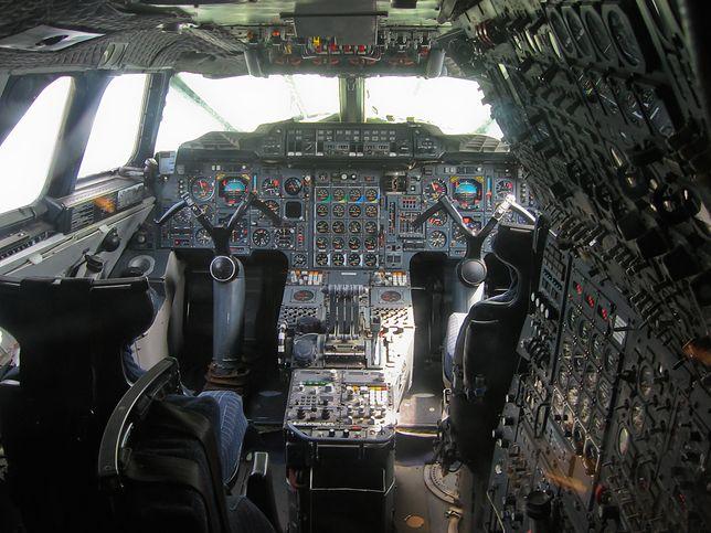 кабина пилотов Concorde