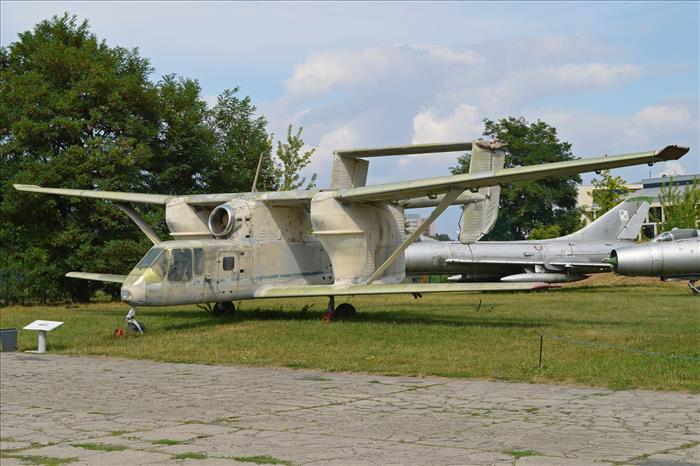 PZL M-15