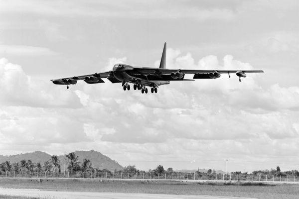 B-52 посадка