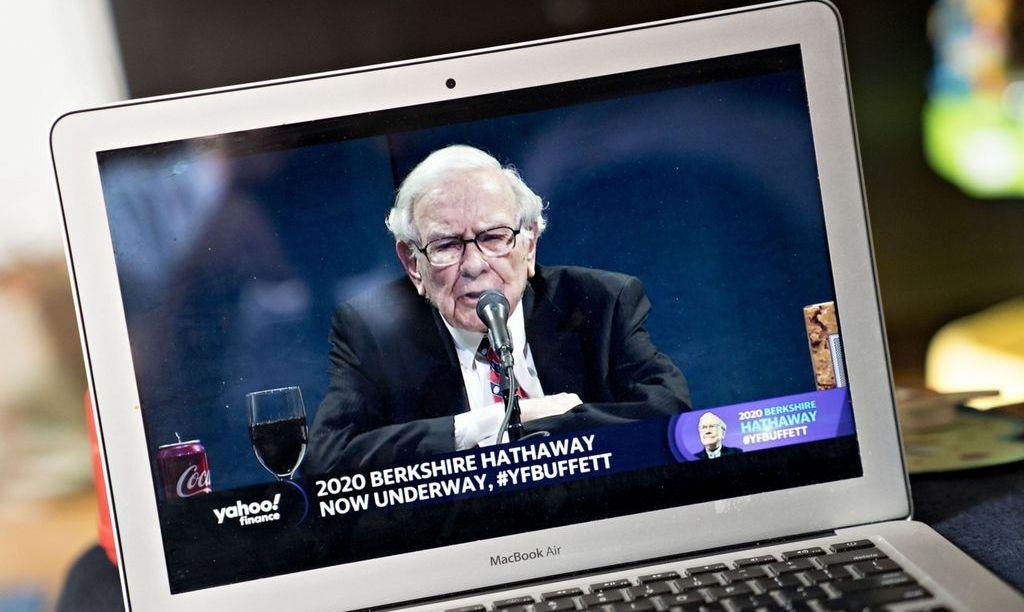 Мультимилиардер Уоррен Баффет избавляется от акций авиакомпаний