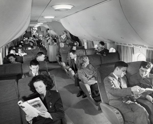 Салон Boeing 377 Stratocruiser