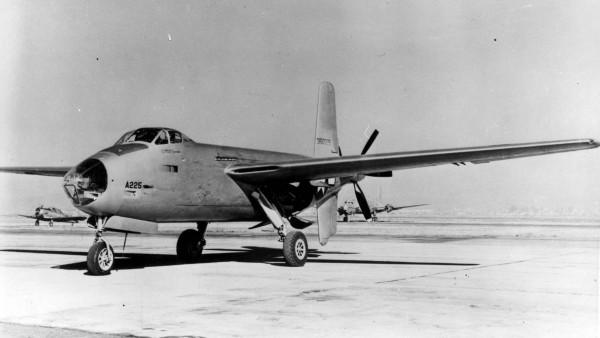 Авиация WWII Douglas XB-42 Mixmaster
