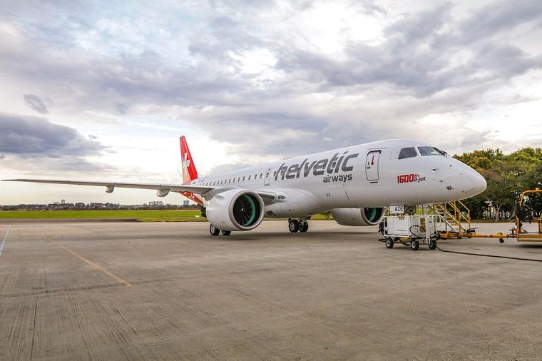 Юбилейный E190-E2 для Swiss Helvetic Airways.