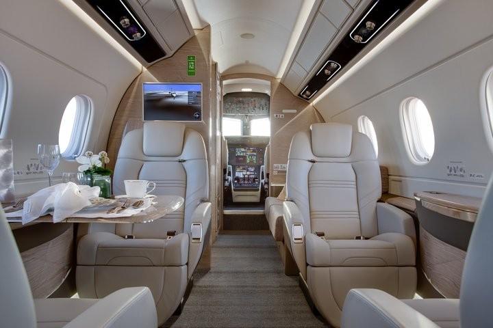 Салон нового Embraer Praetor 500
