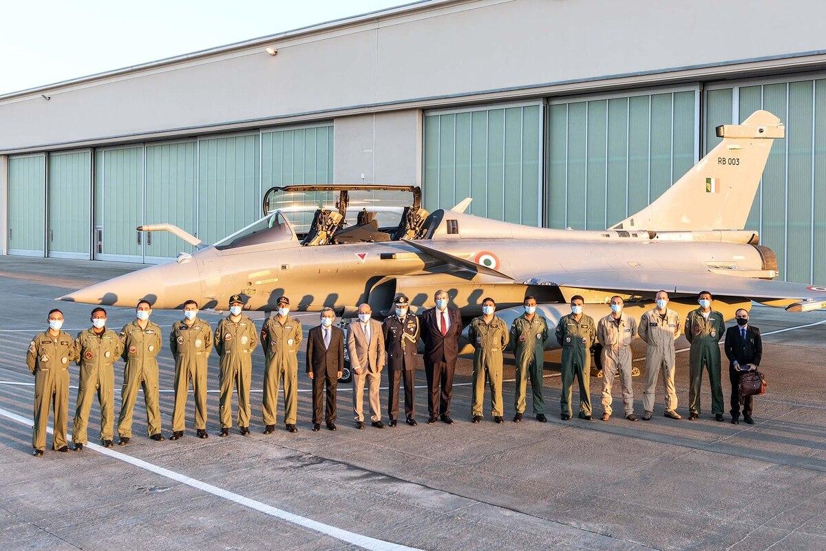 Почему в момент обострения индийско-китайского конфликта Индия предпочла Rafale российским истребителям? Мнение индийских экспертов