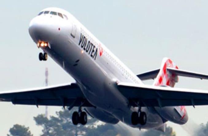 самолет компании Volotea