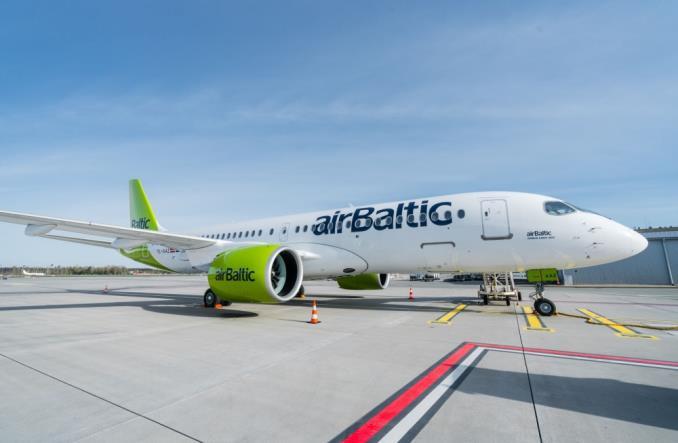 Airbus A220-300 компании airBaltic