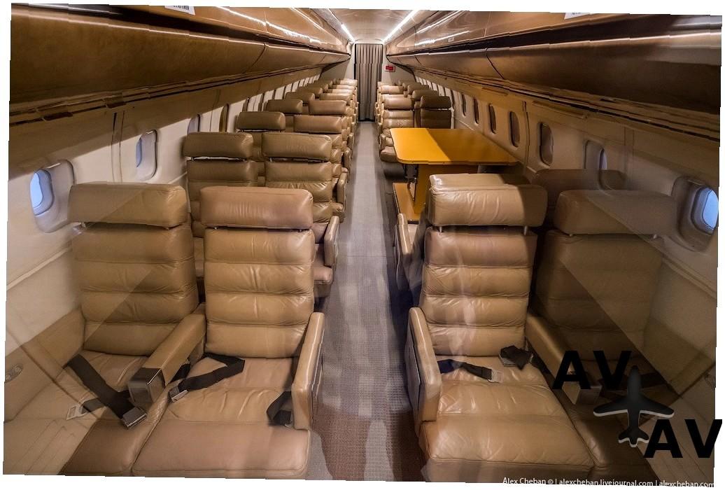 Дамбулу Оя Танк-Сиплейн код IATA: DBU ICAO: OMDB Дамбулу Оя Танк-Сиплейн Мозамбик
