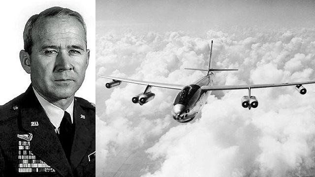Капитан ВВС Джон С. Лаппо