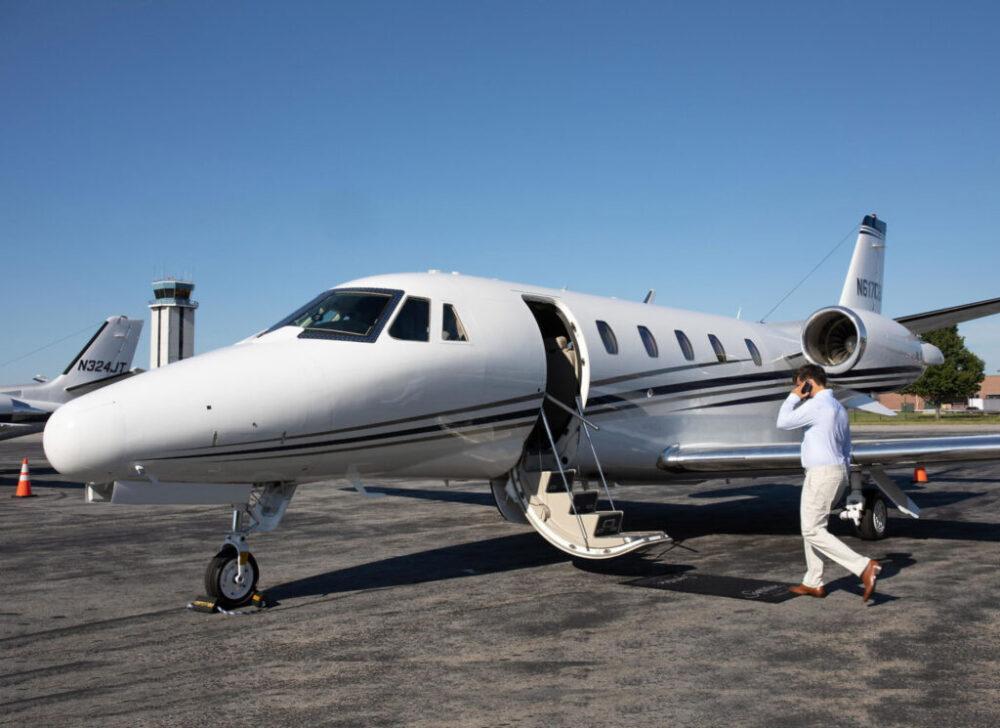 Чартерный брокер из США запускает регулярную авиакомпанию