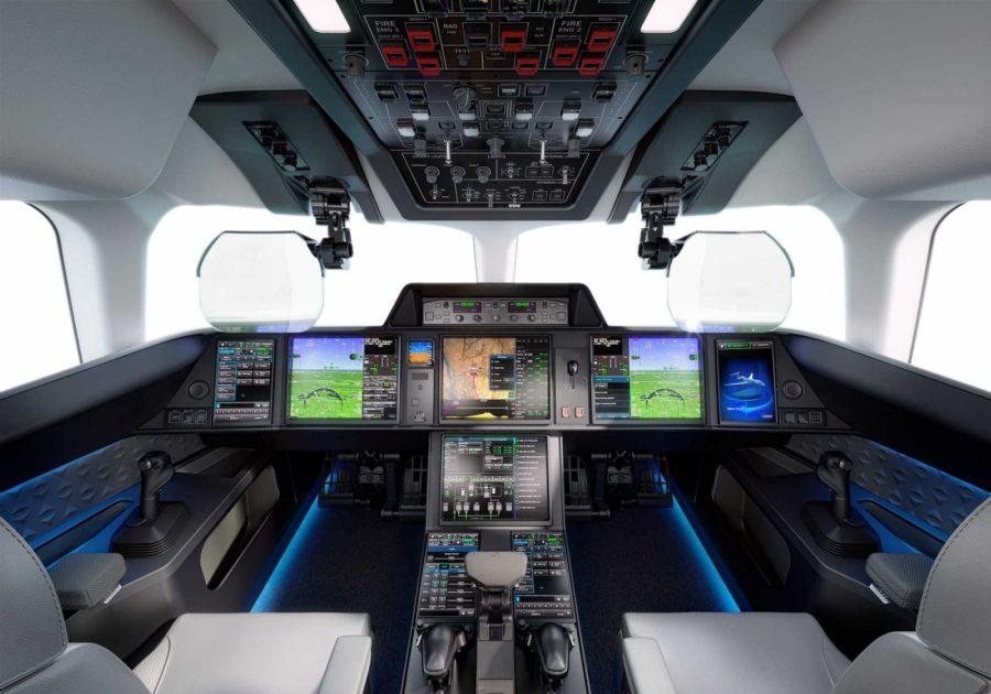 Кабина пилотов Falcon 10X