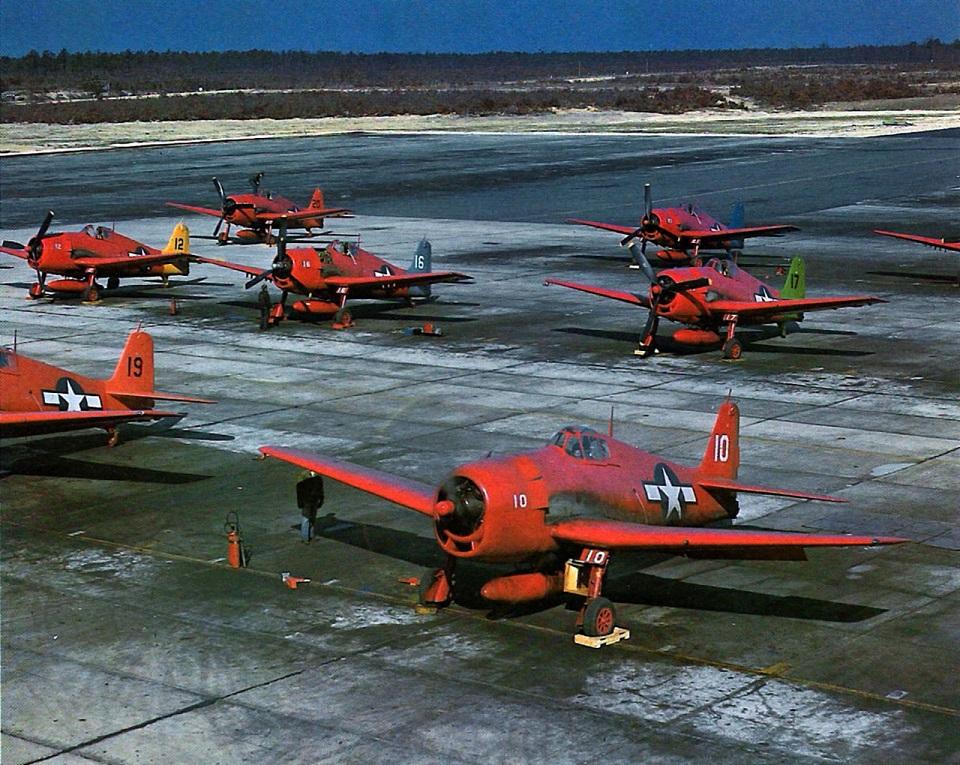 Grumman F6F-5K конвертированные в беспилотные цели