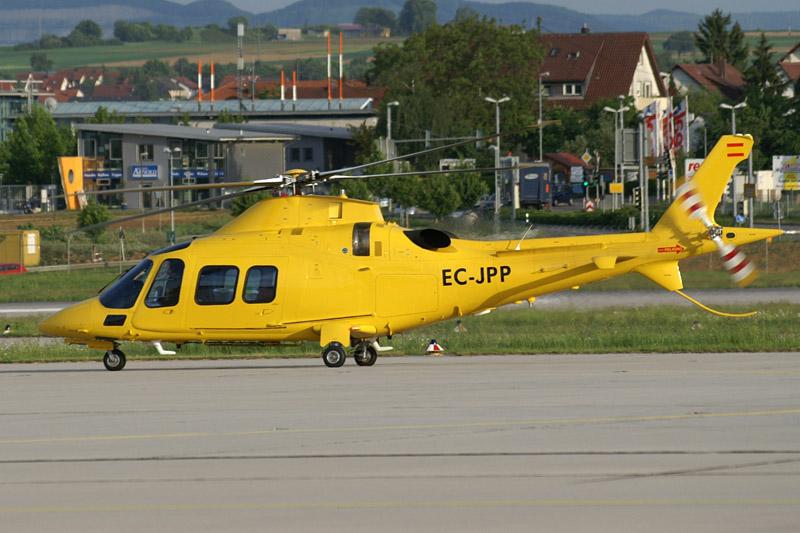 Leonardo отметил 50-летие первого полета вертолета A109