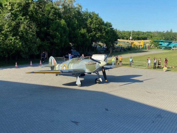 В Чехии будет базироваться исторический и легендарный самолет Hawker Hurricane Mk IV