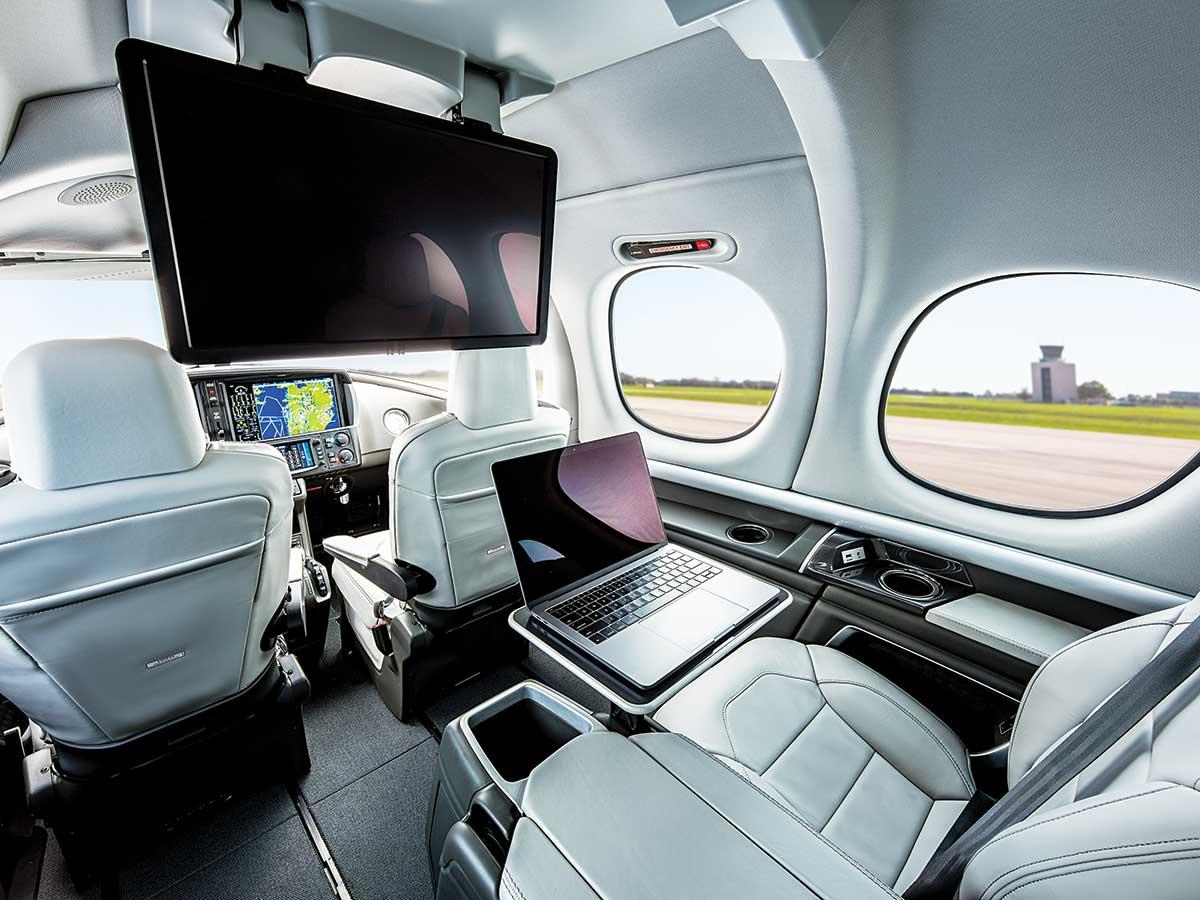Cirrus Aircraft предлагает новую версию бизнес-джета Vision G2 +